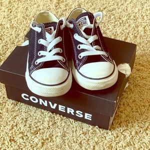 Black Converse Sneakers Size 8